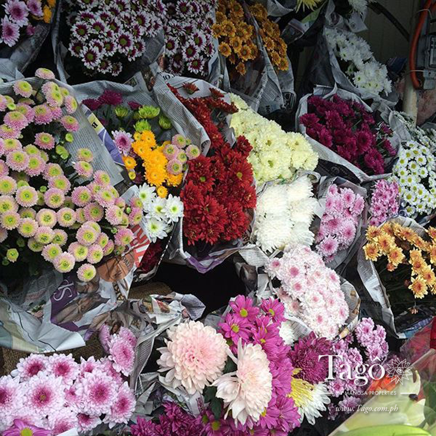 For all your flower needs, stop by the Tagaytay Public Market, and pick up a bouquet or two!
